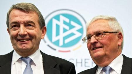 Волфганг Нирсбах (вляво) и Тео Цванцигер се спасиха от съд.