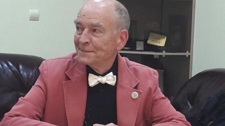 проф. Уилям Федер