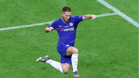 Еден Азар се разделя с Челси след 2 гола на финала в Баку.