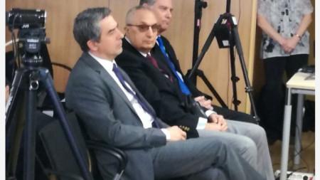 Росен Плевнелиев и Иван Костов по време на конференцията