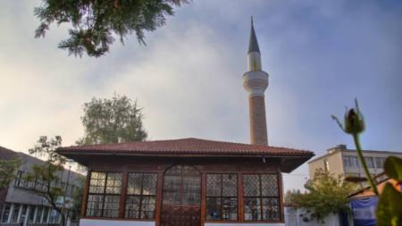 Kazanlık camii