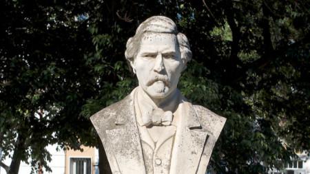 Паметник на Кръстьо Пишурка в Лом от 1933 г.