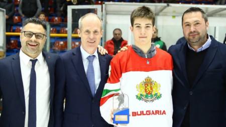 Нино Томов (с националния екип)