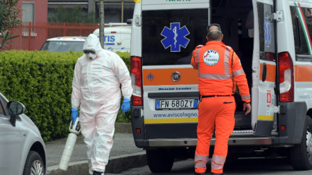 Медици в Пиолтело, Северна Италия, 27 март 2020 г.