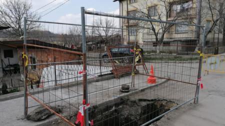 """Водопроводът ще се изгражда по безизкопен начин с техника тип """"къртица""""."""