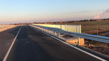 През април 2019г. бе завършена рехабилитацията на 38,9 км от път ІІ-57 Стара Загора - Раднево в областите Стара Загора и Сливен, като за целта бяха инвестирани близо 27 млн. лв., 22 млн. от тях бяха европейско финансиране.