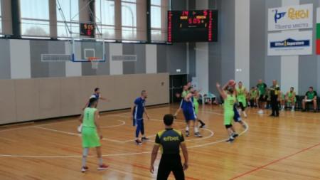 СНИМКА: Берое - Спартак(Плевен); Спортна зала