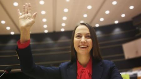 Ева Майдел