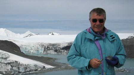 Търсене на фосили от кредни седименти, о-в Ливингстън, Антарктика