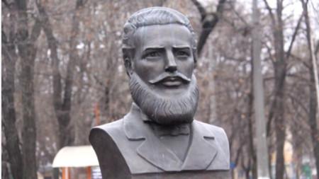 Памятник Христо Ботеву в Одессе.