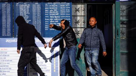Задържаните китайци са заподозрени в източване на банкомати.