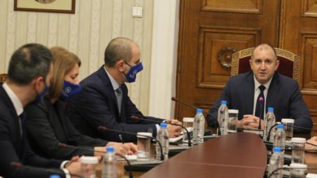 Среща на президента с представители на партия