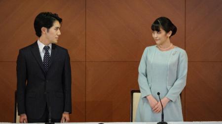 Двойката съобщи на пресконференция, че е сключила брак, 26 октомври 2021 г.