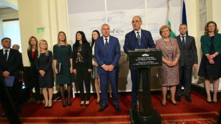 Цветан Цветанов, Веселин Марешки и членове на парламентарните групи на ГЕРБ и