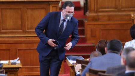 Даниел Митов в Народното събрание, 21 април 2021 г.