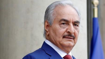 Командващият групировката Либийска национална гвардия генерал Халифа Хафтар.