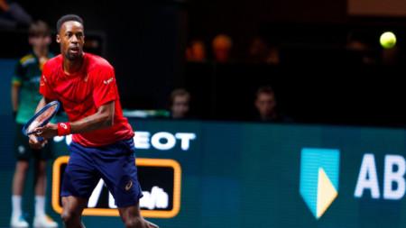Монхис спечели осем от последните девет гейма в мача.