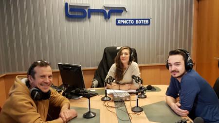 Пламен Манасиев (вляво), Калина Станева и Асен Манасиев