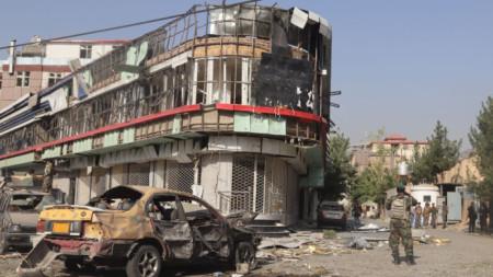 Кола бомба се взриви в Кабул, Афганистан