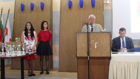 Кирил Ананиев поздрави участниците, които тази година са 1989