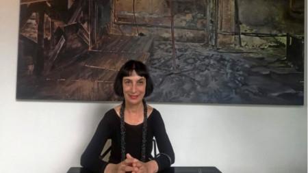 Катрин Сариева