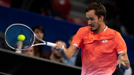 Данийл Медведев спечели пети пореден мач.