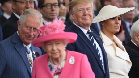 Британската кралица Елизабет Втора, участник във Втората световна война, отправи кратко и трогателно обръщение към гостите на годишнината в Портсмут: