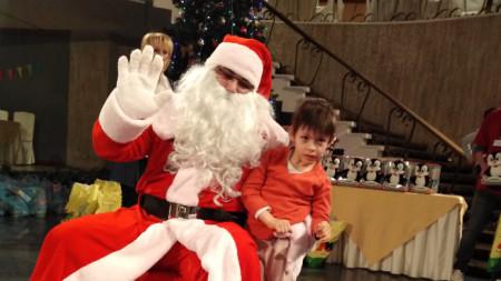 Йоана с Дядо Коледа