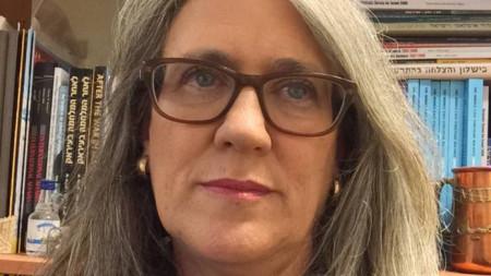 Емили Ландау от израелския Институт за изучаване на националната сигурност e базирана в ОАЕ