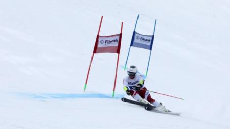 Алберт Попов беше най-бърз и в двата манша.
