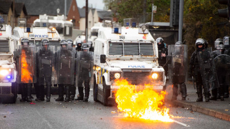 Безредици в Белфаст, Северна Ирландия, 8 април 2021 г.