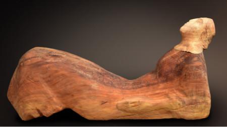 """""""Легнала фигура"""", материал - дърво (слива)"""