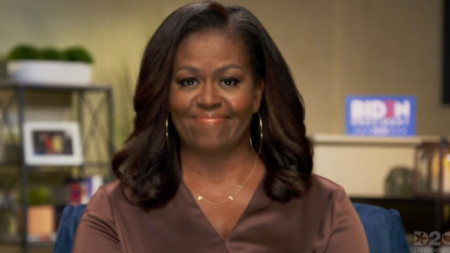 Кадър от телевизионно участие на Мишел Обама през август 2020 г.