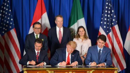 Подписването на ЮСМКА в Буенос Айрес.