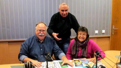 """Професор Румен Пенин, Симеон Идакиев и Елеонора Николова (отляво надясно) в студиото програма """"Христо Ботев""""."""