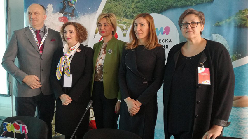 Slobodan Unkovic – deputy director of Tourist Organization, Belgrade, Maria Labovic, Renata Pindžo, Nikolina Angelkova and Vihra Ognyanova – Prim Expo CEO, organizer of Vacation and SPA Expo