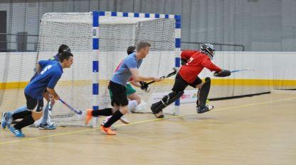 Отборът на НСА ще атакува първите две места на Европейското клубно първенство по хокей в