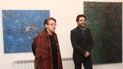 Доц. Ружа Маринска открива изложбата на Любен Генов