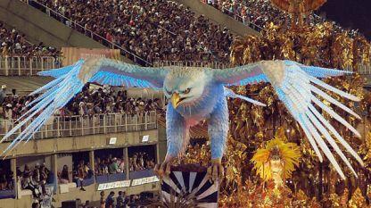 Горещ момент от карнавала в Рио