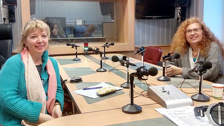 """Люсиена Крумова (вляво) и Румяна Йохнева в студито на програма """"Христо Ботев"""""""