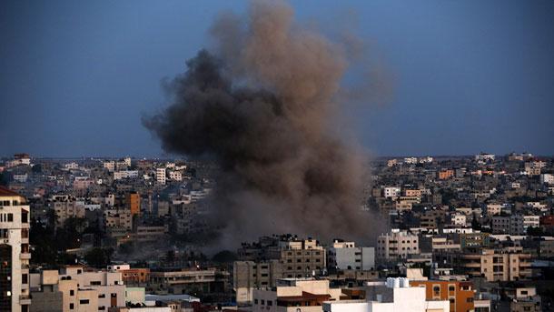 Четирима израелски войници бяха ранени при експлозия на границата с