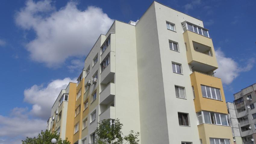 6806f51ceee Близо 200 млн. лв. достигат инвестициите по ОПРР за саниране на сгради в  центрове на общини в периферни райони