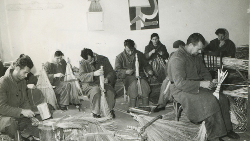 1966, work therapy: men and women making brooms