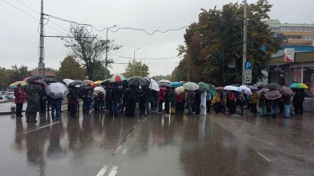 Врачани протестираха срещу състоянието на държавната болница