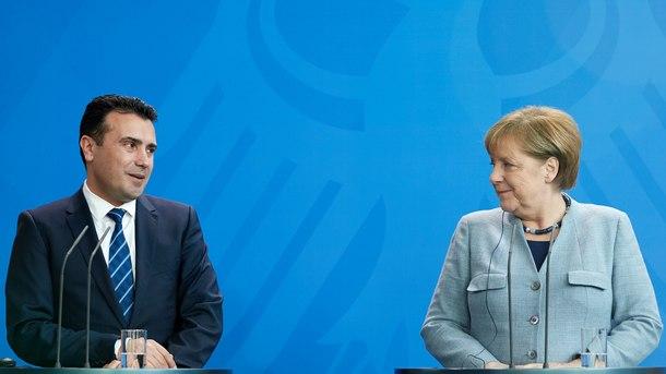 Германският канцлер Ангела Меркел заяви, че много се надява спорът