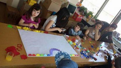 Интеграцията на децата с епилепсия в образователната система е силно затруднена.