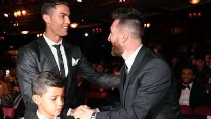 Кристиано Роналдо и Лионел Меси са най-добре платените футболисти в света.