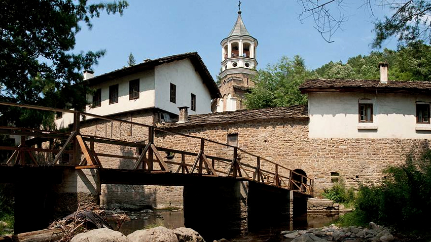 Le monastère de Drianovo