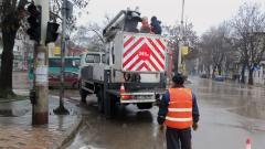 Ремонтират светофар на възлово кръстовище в Русе