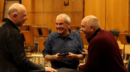 Репетиция преди концерт на Кристиян Бояджиев в Първо студио на БНР. Антони Дончев, Кристиян Бояджиев и Кирил Калев (отляво надясно).